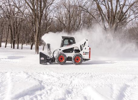 s740-with-snowblower-209402-128836-hr_head_left